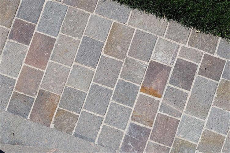 Porfido del trentino pavimenti schenatti srl real - Piastrelle per esterno antiscivolo ...