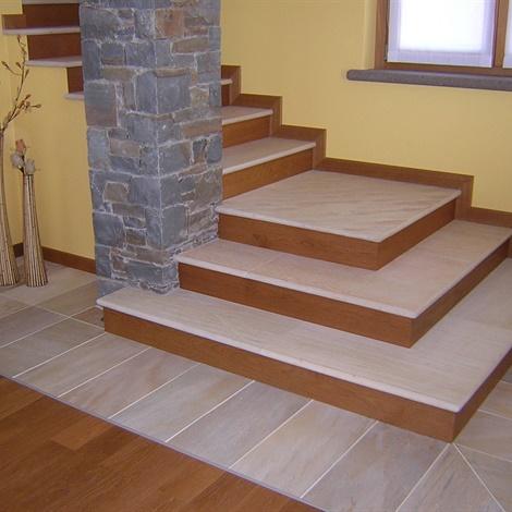 Scale lavorati vari schenatti srl real stone covering - Scale in granito per interni ...