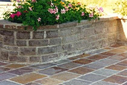 Le pietre naturali schenatti srl real stone covering - Muri da giardino ...