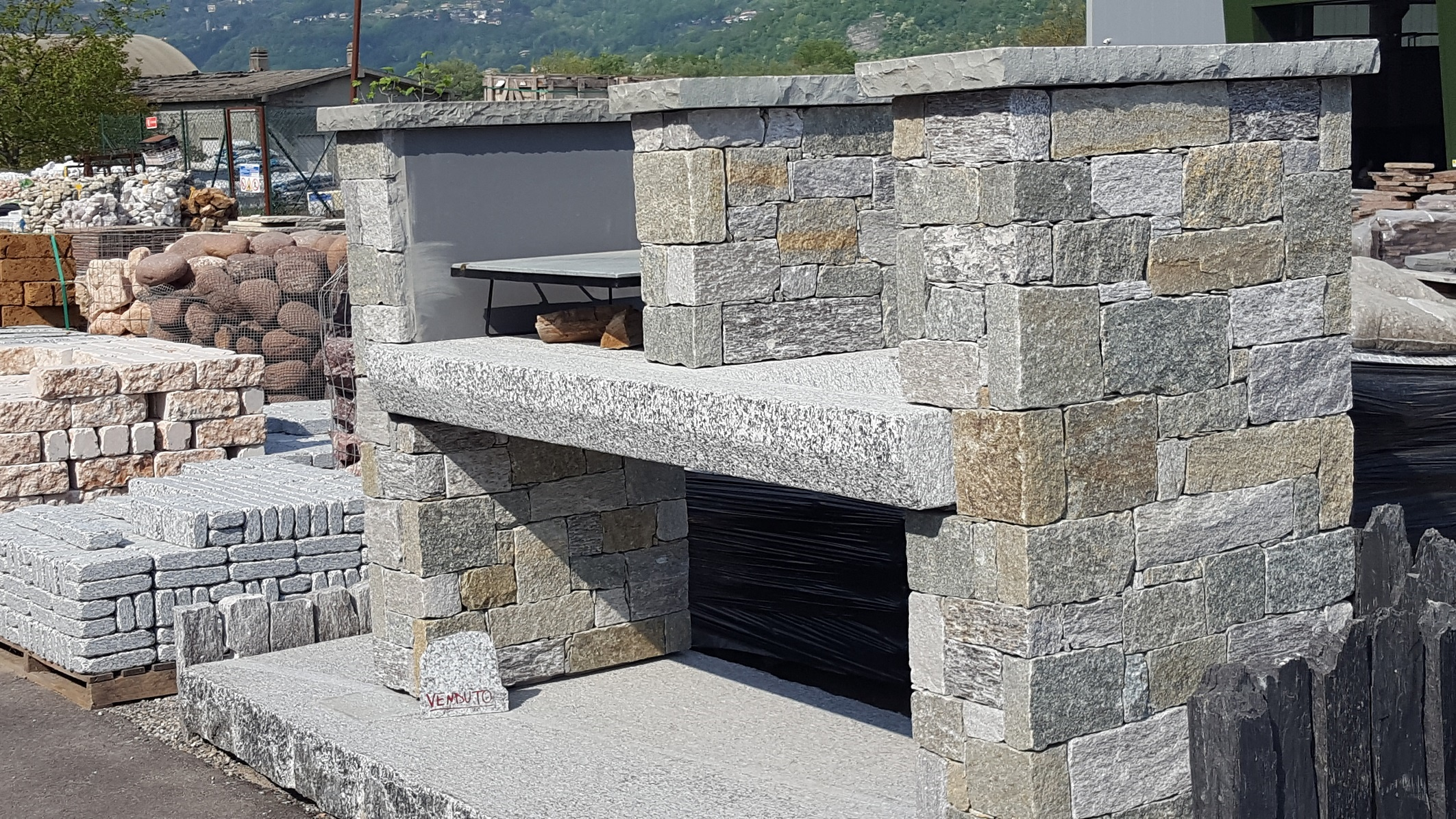 Pietra Grigia Per Davanzali pietre per giardini - schenatti srl - real stone covering